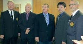 COMITÊ EXECUTIVO 1º Vice Presidente Liviu Crisan , 3º Vice Presidente Vladimir Yorga, Presidente Richard Jorgensen , 2º Vice Presidente Yoshikazu Suzuki, Tesoureiro Roberto Perri .