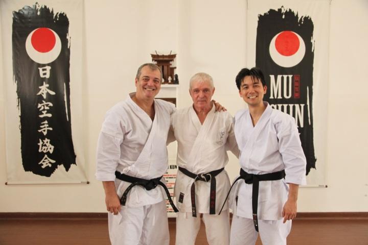 ilustre presença no treino em homenagem á Pedro sensei.